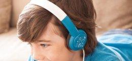 ¿Deben usar auriculares los niños?
