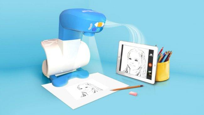 Un Proyector Inteligente Ensena A Los Pequenos Artistas A Dibujar